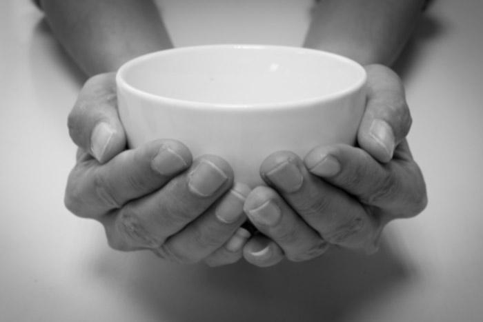 beggars-bowl